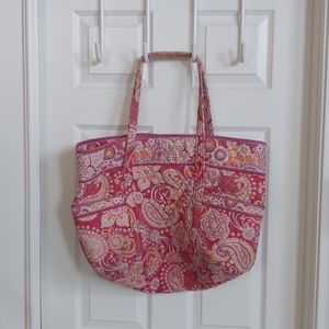 Vera Bradley   Paisley Floral Large Quilted Bag